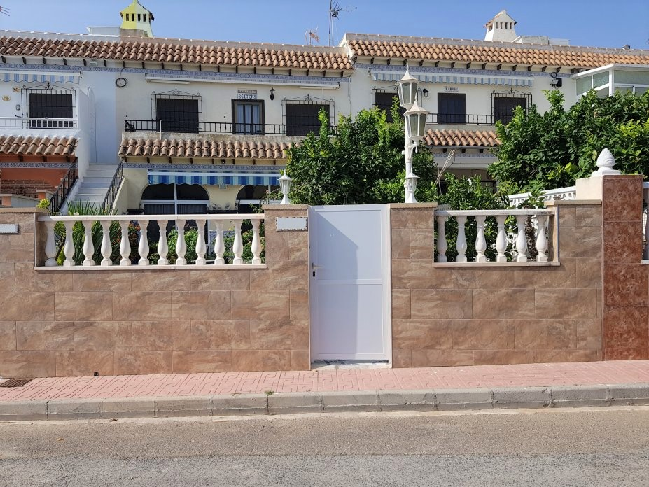 For sale: 2 bedroom apartment / flat in La Mata, Costa Blanca