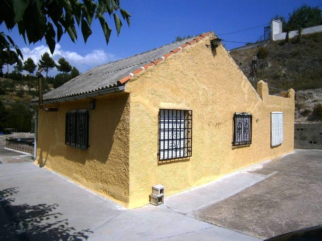For sale: 3 bedroom finca in Alcoy