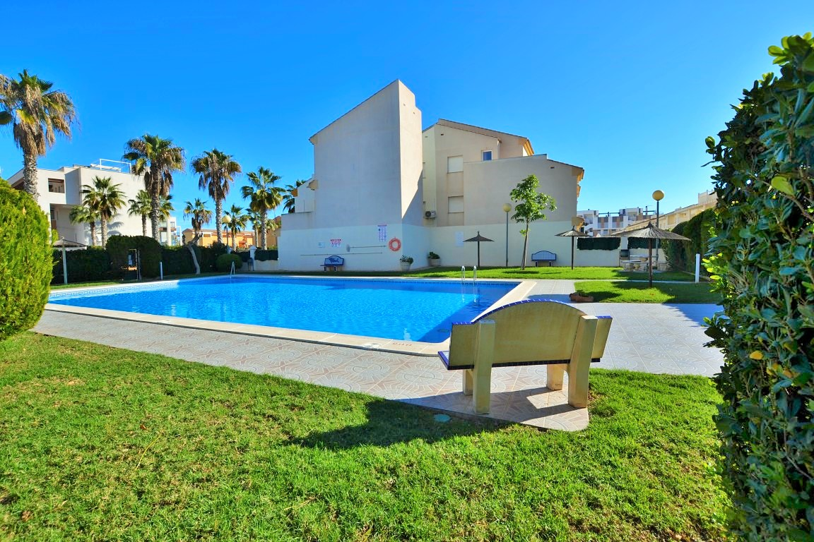 For sale: 3 bedroom house / villa in Cabo Roig, Costa Blanca