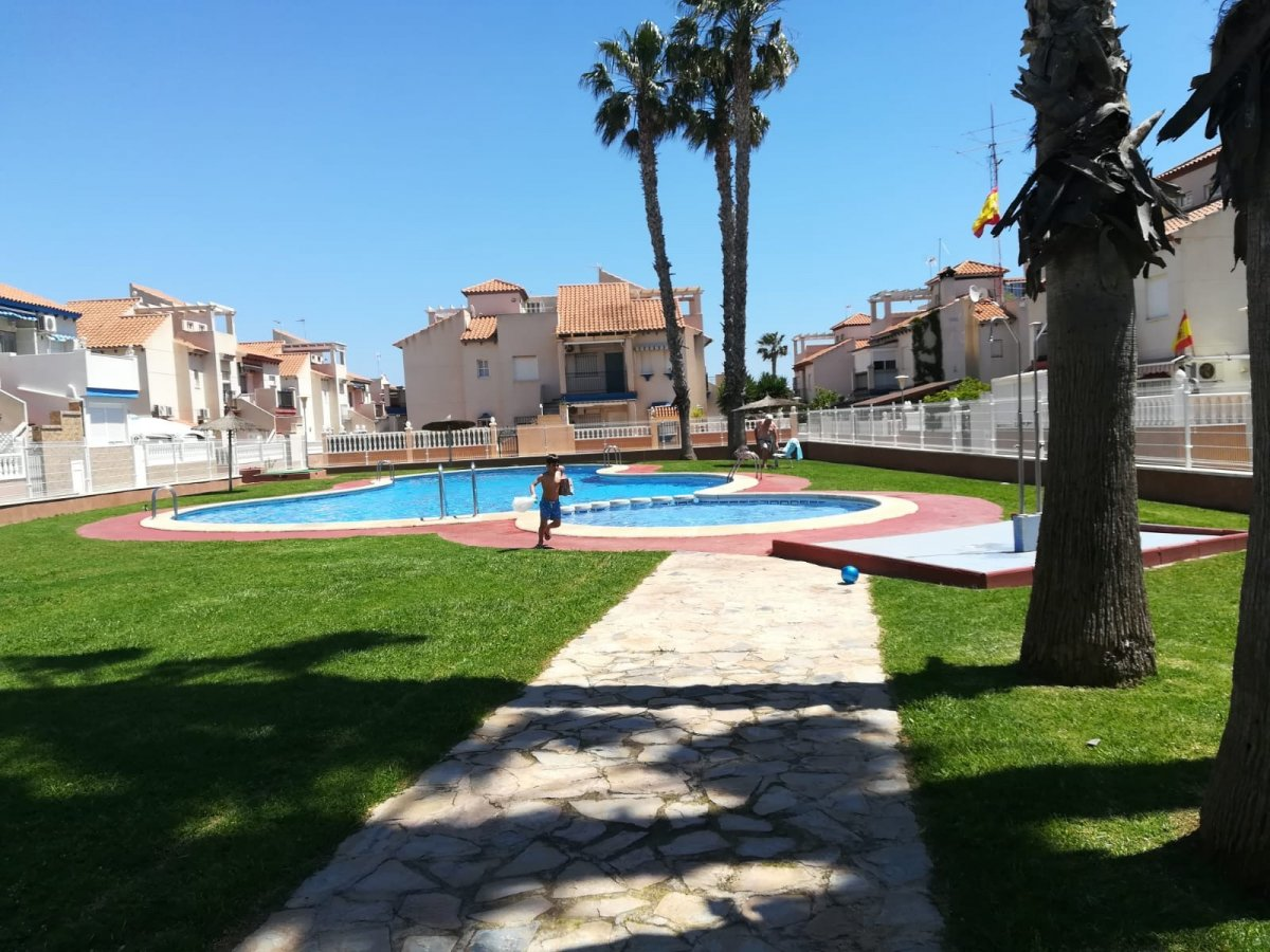 For sale: 2 bedroom bungalow in Playa Flamenca