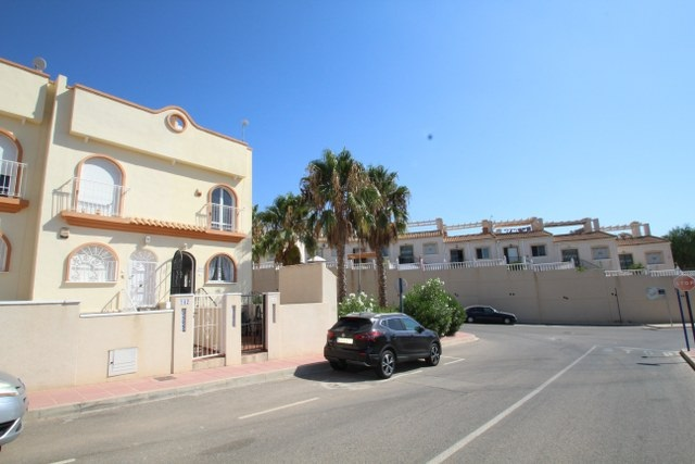 For sale: 3 bedroom bungalow in Orihuela Costa, Costa Blanca