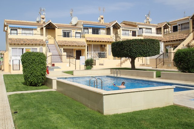 For sale: 2 bedroom apartment / flat in Orihuela Costa