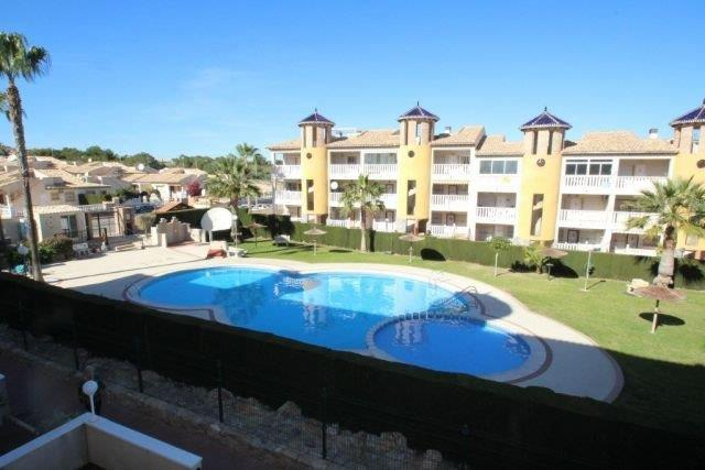For sale: 2 bedroom apartment / flat in Villamartin