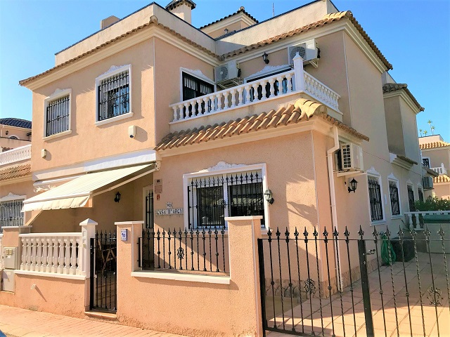For sale: 2 bedroom house / villa in Cabo Roig