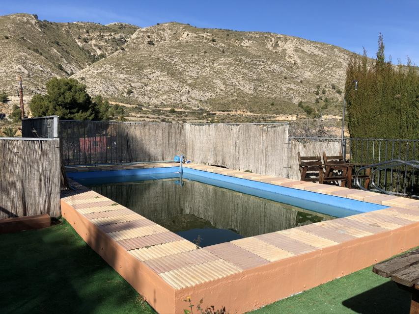 3 bedroom house / villa for sale in Petrer, Costa Blanca