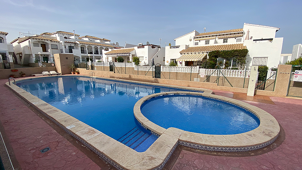 For sale: 2 bedroom apartment / flat in Punta Prima, Costa Blanca
