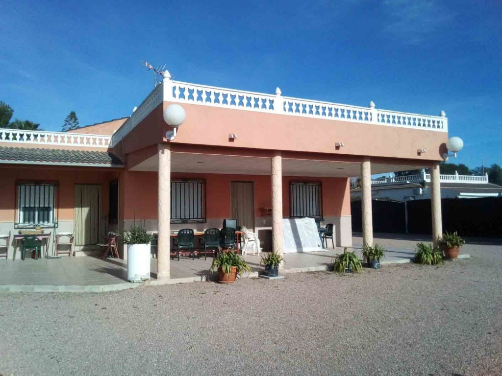 For sale: 3 bedroom finca in Albatera