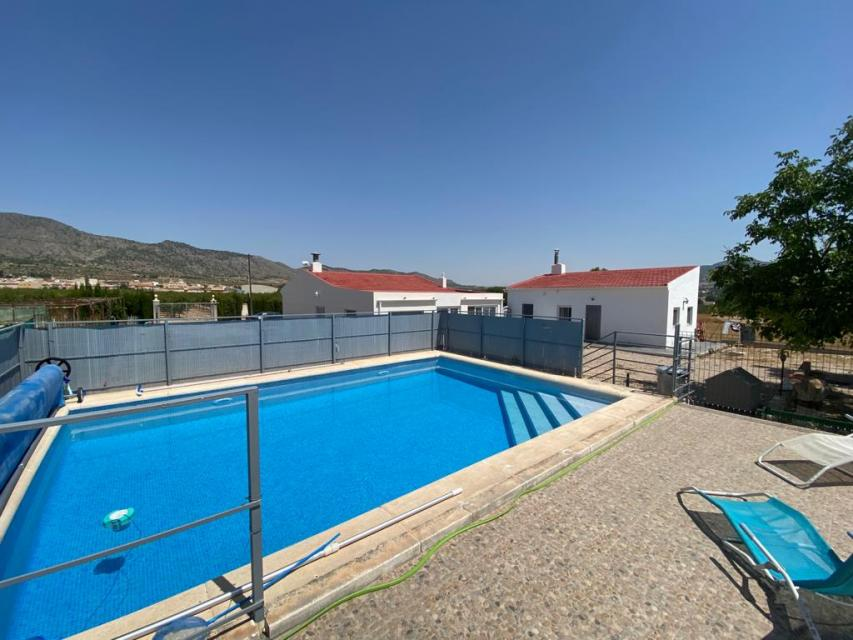 For sale: 4 bedroom house / villa in Salinas, Costa Blanca