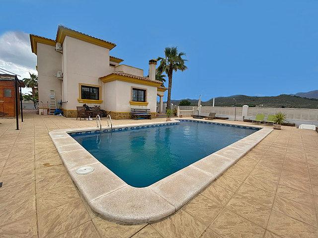 4 bedroom house / villa for sale in Hondón de las Nieves, Costa Blanca