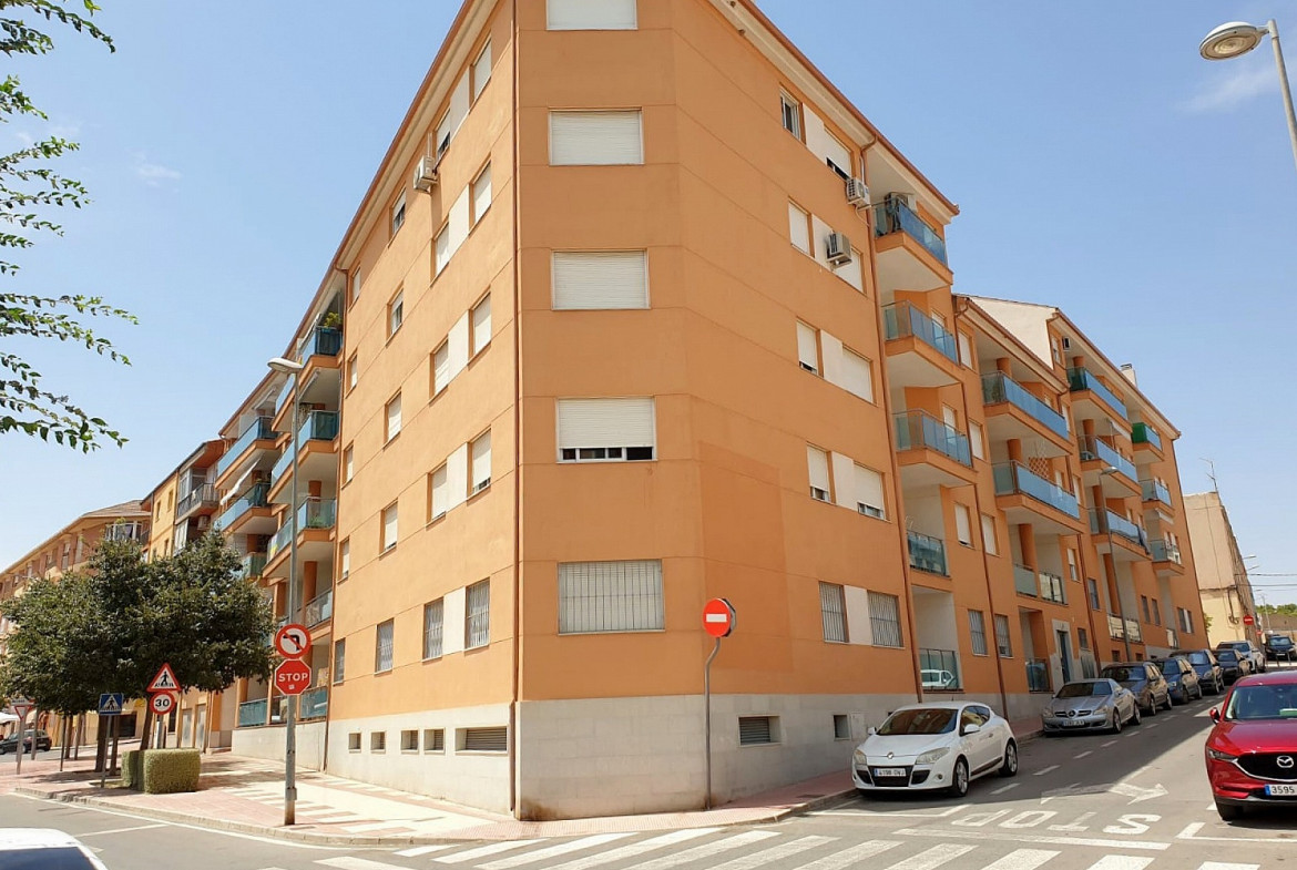 1 bedroom apartment / flat for sale in Sax, Costa Blanca