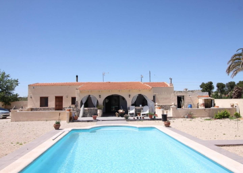 5 bedroom house / villa for sale in Villena , Costa Blanca