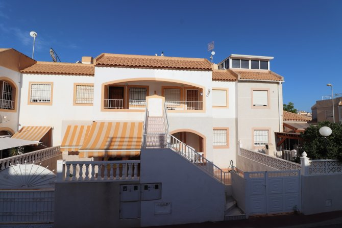 For sale: 2 bedroom apartment / flat in San Luis