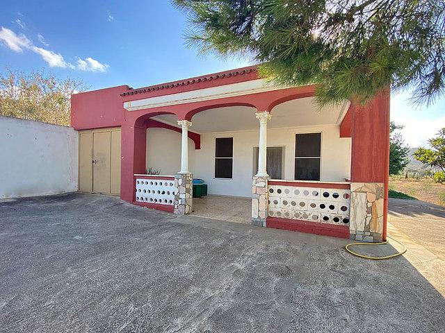For sale: 2 bedroom finca in Hondón de las Nieves, Costa Blanca