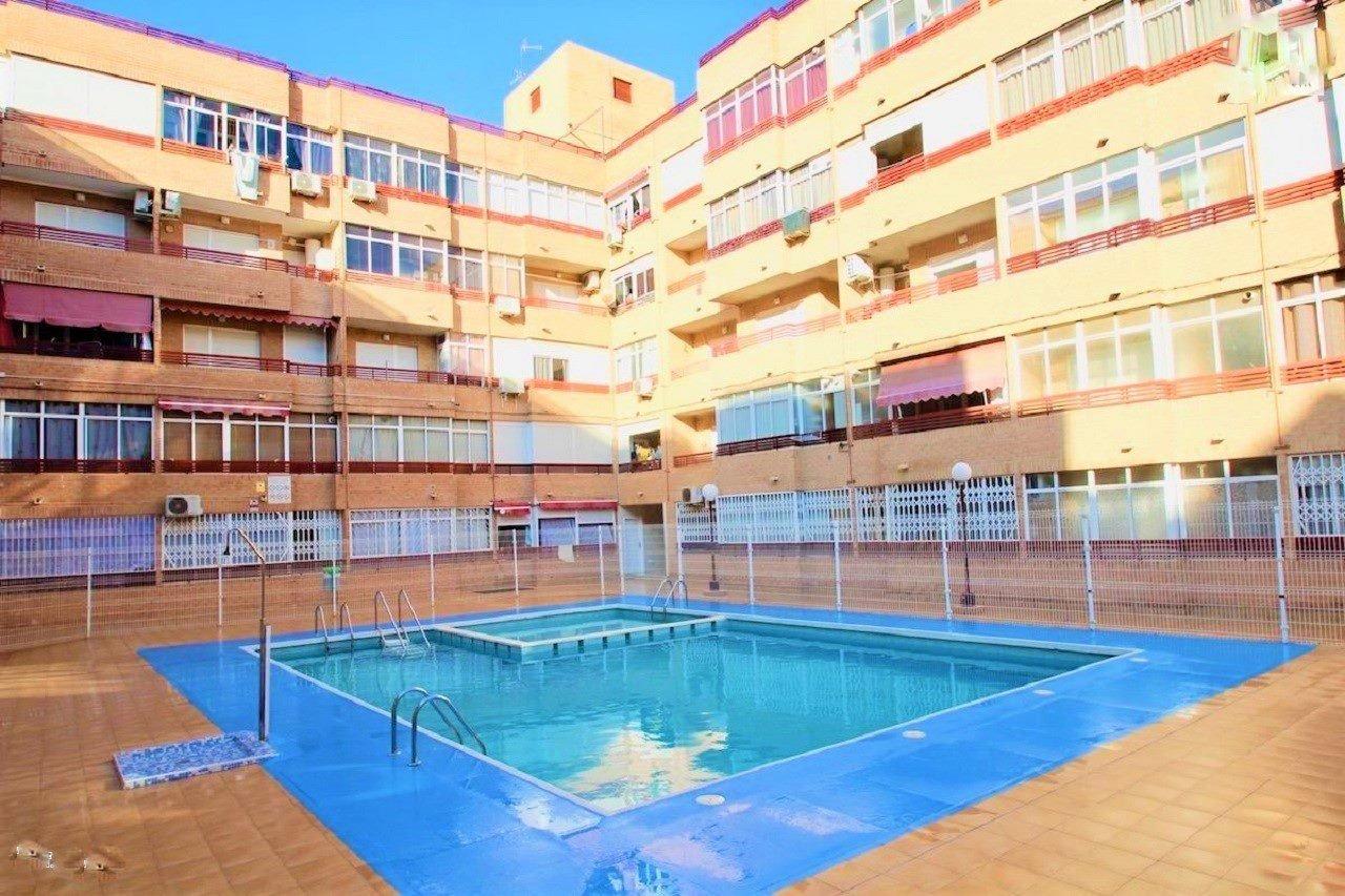 1 bedroom apartment / flat for sale in Torrevieja, Costa Blanca